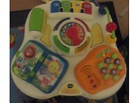 V TEC LITTLE LEARNING TABLE , IN VERY GOOD CLEAN CONDITION, LOTS OF MUSICAL AND TALKING SOUNDS