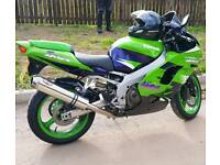 KAWASAKI ZX9R - M.O.T. TILL APRIL 2018 - STUNNING CONDITION THROIGH OUT