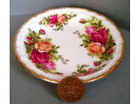 royal albert old country roses 1962