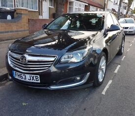 Vauxhall Insignia 2.0 CDTi Elite Auto Black 5dr Low Mileage SATNAV FULL LEATHER QUICK SALE !!!