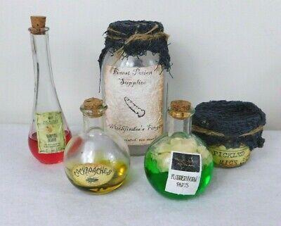 Handmade Halloween Props (Halloween Potion Elixir Bottles Props Handmade 5 Vampire Blood Fingers Mice)