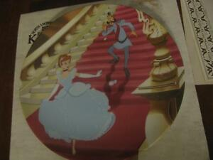 Disney-Cinderella-Collectors-Plate-Knowles-At-the-Stroke-of-Midnight-with-Box