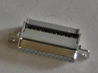 D-SUB -Buchse 25 - polig, Schneid-Klemmtechnik mit Zugentlastung