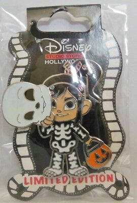 Wreck It Ralph Halloween (Disney DSF DSSH Wreck it Ralph Vanellope as a Skeleton Halloween 2014 LE 400)