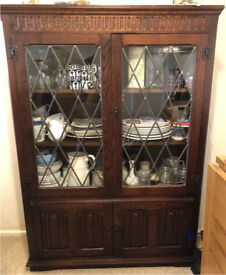 Jaycee style oak bookcase