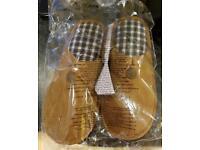 Men's slippers size 8/9 brand new