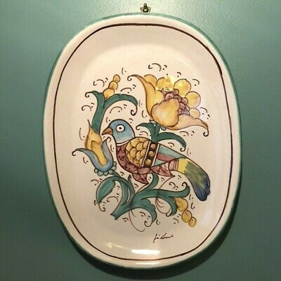 SIGNED HANDMADE ITALIAN WALL PLATE, CAFF GUBBIO Pigeon Flowers 10.75