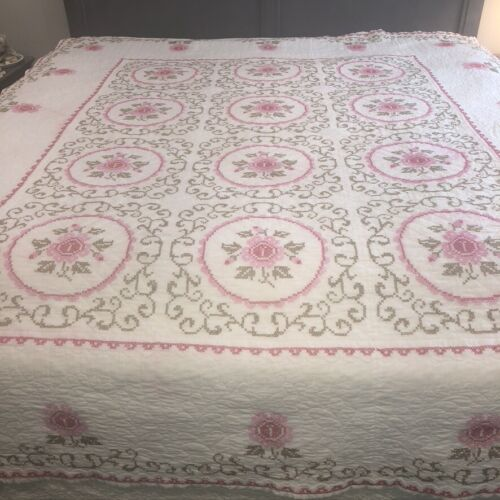 Vintage Embroidered Cross Stitch Quilt Full Sz Pink Roses on White Cottage As Is