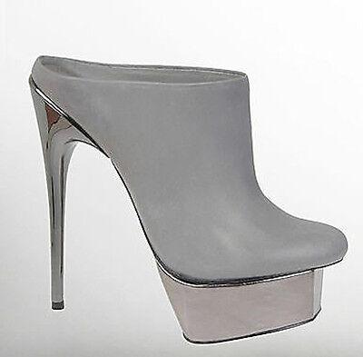 Charles Jourdan Adrienne Maloof ISABELLA Grey Patent Leather Pumps heels slip on