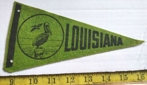 "VINTAGE LOUISIANA FELT PENNANT 7.5"" {CS387}"