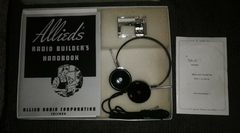 VERY RARE 1943 Allieds Radio Builders Crystal Set New In Box!
