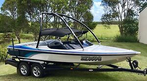 Raider sports ski boat custom 2009 Yandina Creek Noosa Area Preview