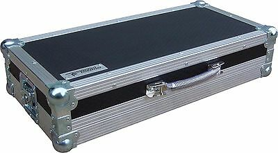 TC Helicon VoiceLive 3 Vocal Effects Pedal Swan Flight Case (Hex)