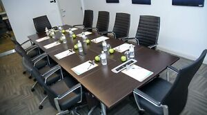 EXECUTIVE LARGE BOARDROOM - DOWNTOWN TORONTO $35/HR