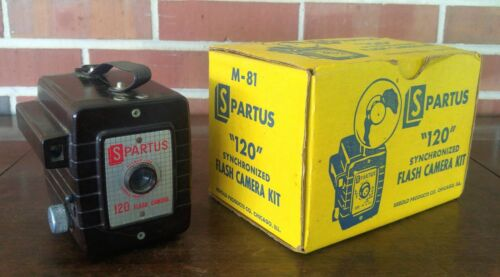 Vintage Spartus 120 Synchronized Flash Camera With Original Box
