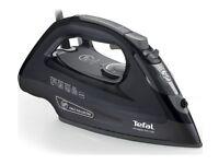 TEFAL Ultraglide Anti-Scale FV2660 Steam Iron & Minky Ironing Board