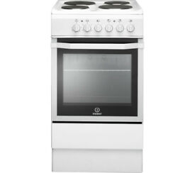 Indesit electric cooker almost new quick sale