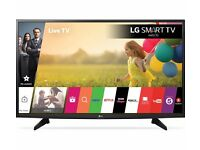 "(As New) LG 49LF590V 49"" Full HD 3D Smart TV Wi-Fi White LED TV - WebOS - HDMI - USB - Box - Remote"