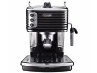 DELONGHI SCULTURA ECZ351.BK 15 Bar Pump Espresso / Coffee Machine in Black