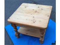 Solid wood coffee lounge table