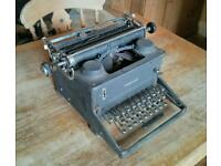Antique typewriter Imperial