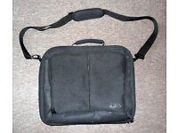 TARGA Laptop Bag with Carry Handle and Shoulder Strap
