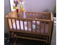 Wooden swinging crib with mattress as new ono