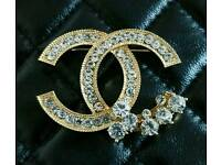 Gorgeous large Gold & Crystal Chanel Brooch ~ Only £9