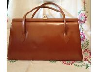 Eros vintage tan 1950s Kelly hand bag