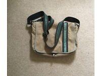 Men's messenger/over body bag. Make: Fossil