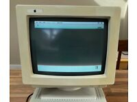 Apple/PC CRT Monitor