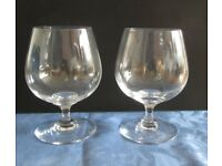 Various quality glassware