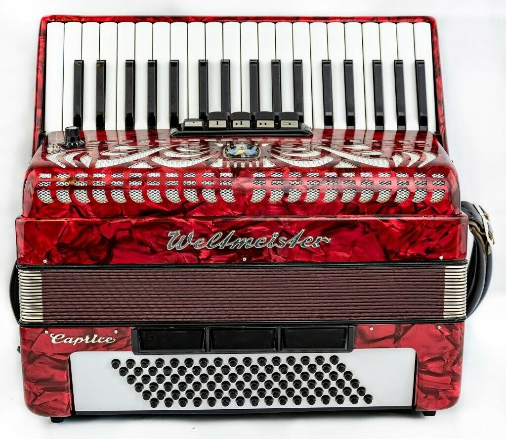Weltmeister 96 Bass with MIDI Fitted - Lightweight - 37 Keys / 96 Bass 3  voice Accordion | in Bellshill, North Lanarkshire | Gumtree