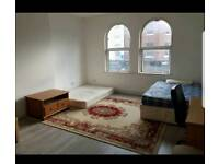 Spacious one/two bed apartment for immediate let