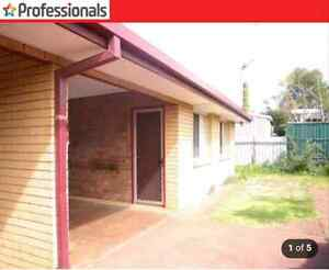 2 bedroom unit, 220pw, AC, Pets allowed Toowoomba Toowoomba City Preview