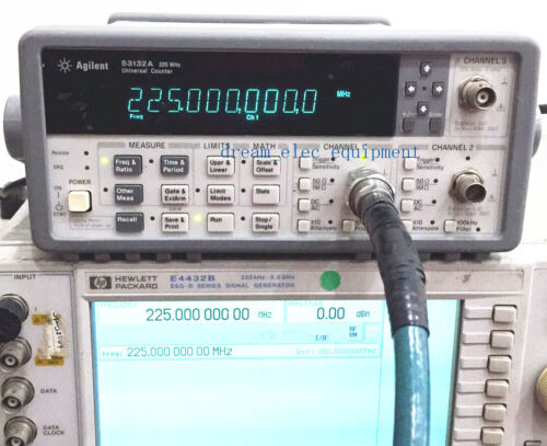 HP/Agilent 53132A  OPT:001+030 Universal Frequency Counter