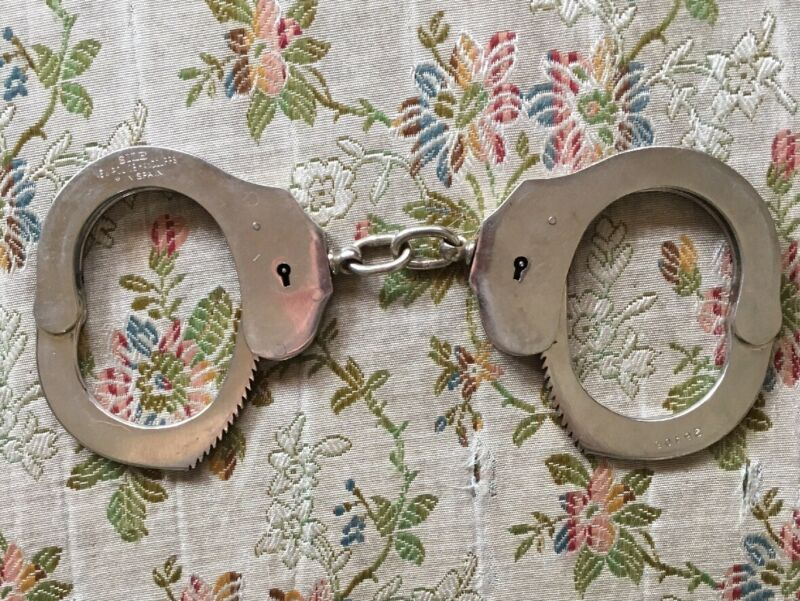 Vintage SILE New Police Handcuffs  Spain No Key