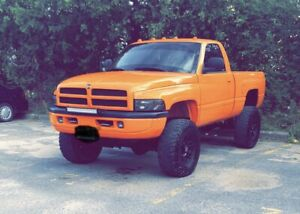 1998 Dodge Ram 2500 **V10** need gone asap