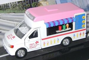 NEW TOY MODEL ICE CREAM VAN TRUCK WITH MUSIC & LIGHTS WHITE PINK 1:38 TEAMSTERS