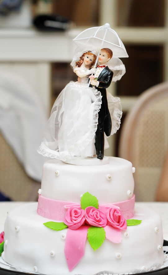 How To Make Your Own Wedding Cake Toppers