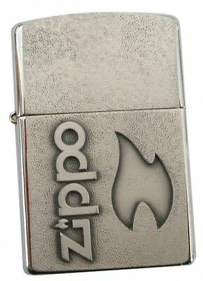 SILVER FLAME Gewaltiges Chrome Brushed Emblem-ZIPPO neu+ovp