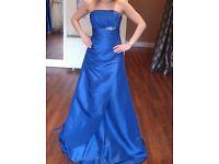 Lovely prom dress size 8.