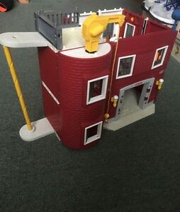 Fisher Price fire house (build you own)