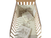 REDUCED FOR QUICK SALE mamas and Papas Nursery Bedding Set... Great Price!