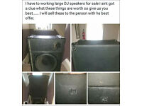 i have 2 dj speaker for sale and a 4 bulb sound activated ligh and a strob light.