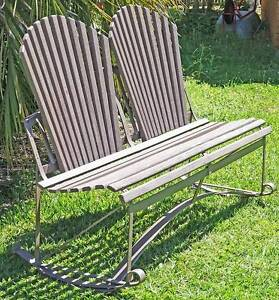 Garden Love Seat/Gently Rocking Garden Bench C.1930s Kallangur Pine Rivers Area Preview