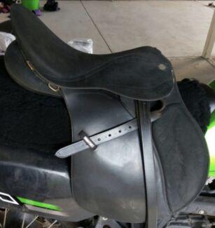 Wintec 2000 saddle EOI Rockhampton