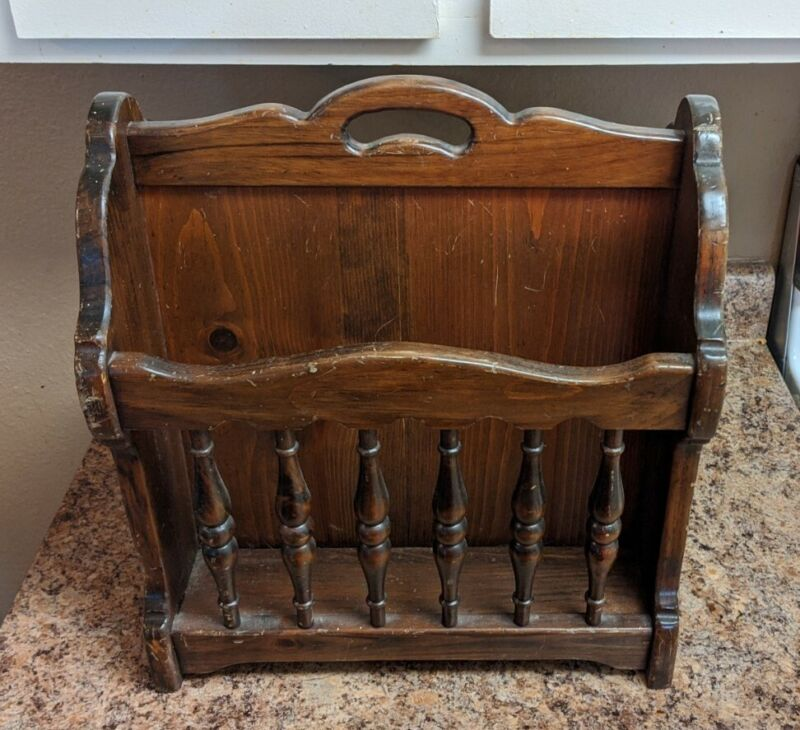 Vintage Ethan Allen American Style Spindle Wood Magazine Rack Stand Holder
