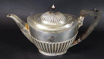 Teekanne, plated, mit Krone, H-14 cm, Alters-u. Gebrauchsspuren (278-4015)