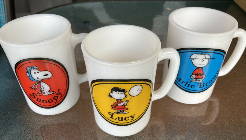 Vintage Lot Of 3 Peanuts AVON Glass Mugs -SNOOPY Flying Ace, Lucy, Charlie Brown